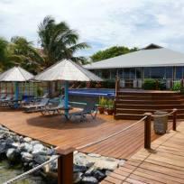 Chillout Area und Pool