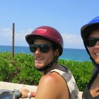 Auf Rollertour über die Insel