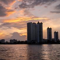 Wunderschöne Stimmung hinter der Skyline von Bangkok